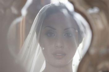 Bride Reflection - Wedding Planner