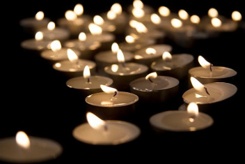 Tealight Candles - Memorial Planning and Celebration of Life